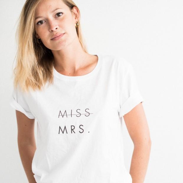 """Tee-shirt - """"MISS MRS"""""""