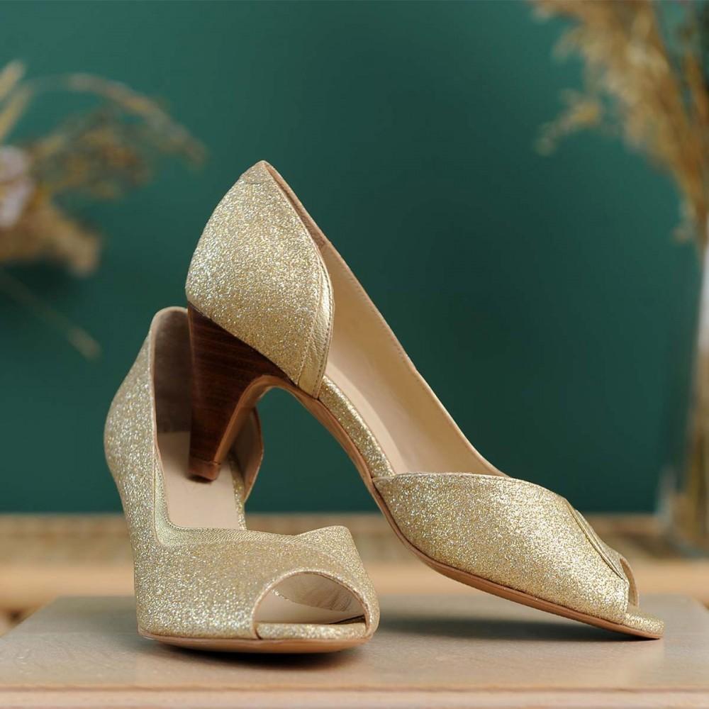 gold glitter pump heels