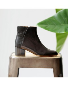 Pre order - Odessa Boots - Black Crocodile - Shipping from September 15th